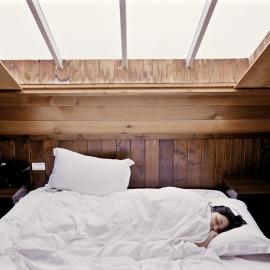 Hoofdpijn bed